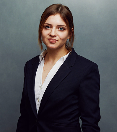 Meet the Team of experts - Photo of Magali Joanna Mattar, person in business suit, smiling, female, gallantly, standing upright